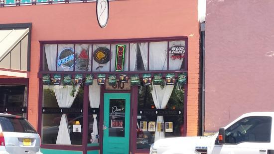 Diane's Restaurant & Bakery