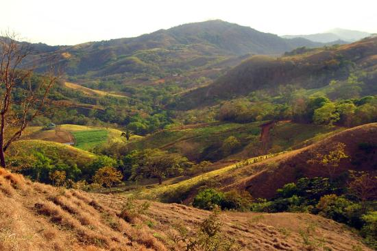 Rancho Ricco: multi-colored hillsides