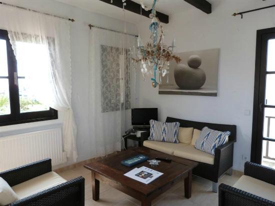 Apartamentos Parque Mar: Sitting room