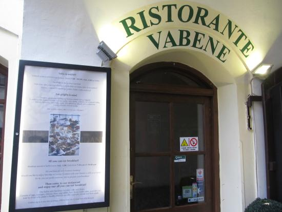 Royal Residence Ungelt: 朝食会場のレストラン