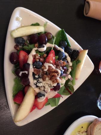 Girardi's Osteria: Gorgonzola Salad