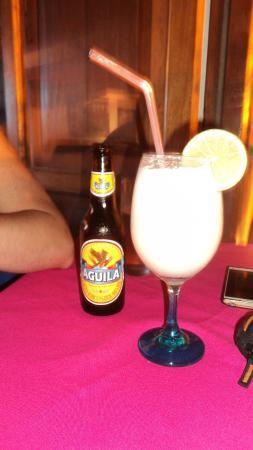 Restaurante Paco's: leche de coco