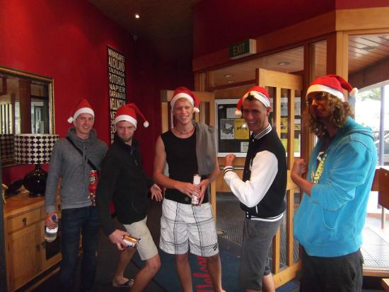 Archies Bunker Backpackers: xmas!