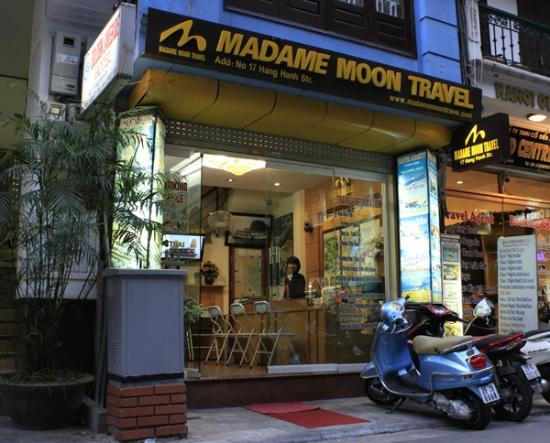 Madam Moon Travel
