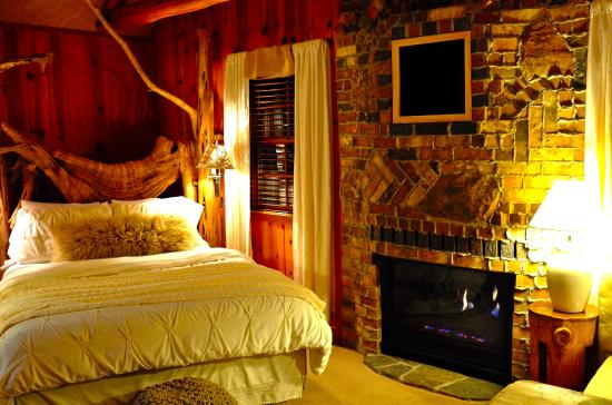 Prime Honeymoon Hideaway Picture Of Cottage Inn Tahoe City Download Free Architecture Designs Scobabritishbridgeorg