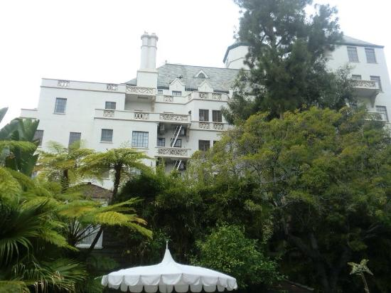 Chateau Marmont: Outside the hotel