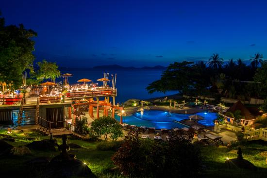 Banburee Resort & Spa : Restaurant by the SEA