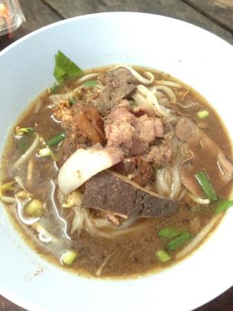 Rung Rat Boat Noodle