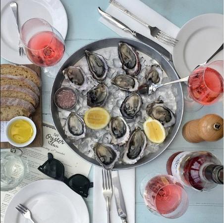 The Oyster Inn: Te Matuku Oysters Rosé