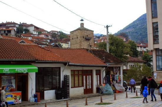Kratovo, Republika Macedonii: Clock tower from distance