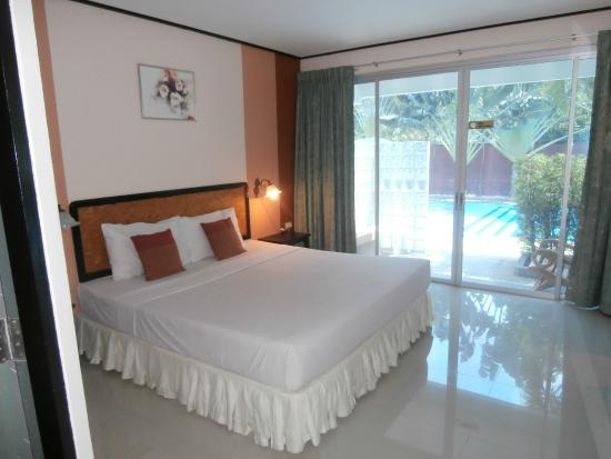 Peony Hotel: Room