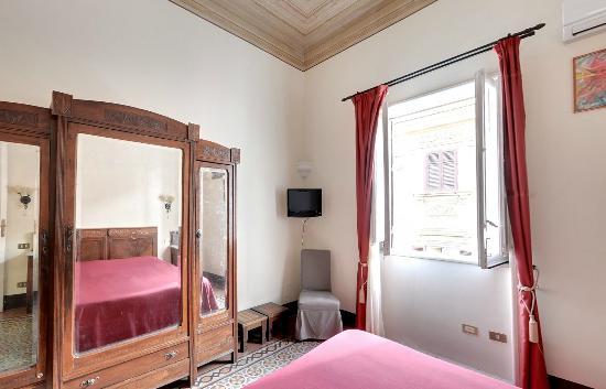 bed and breakfast novecento b b palerme italie voir les tarifs 19 avis et 62 photos. Black Bedroom Furniture Sets. Home Design Ideas