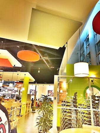 restaurant crescendo restaurant dans bourg en bresse avec cuisine fran aise. Black Bedroom Furniture Sets. Home Design Ideas