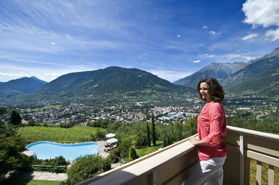 Aussicht Balkon Bild Von Hotel Sonnbichl Tirolo Dorf Tirol