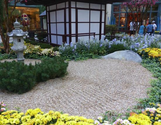 Relaxing Japanese Garden Picture Of Conservatory Botanical Gardens At Bellagio Las Vegas