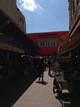 Mercado De La Paz: INGRESSO MERCATO