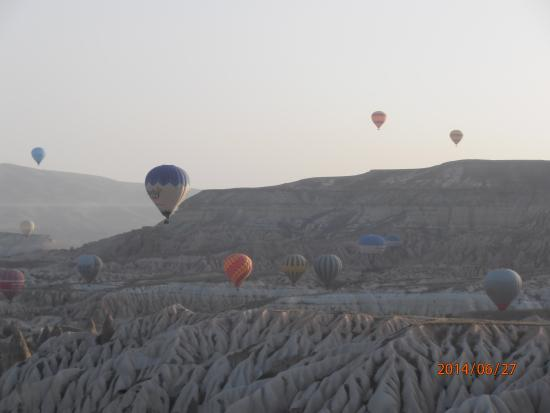 Falcon Cave Suites: Picture from the hot air balloon.