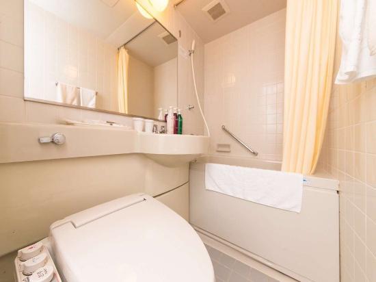 APA Hotel Komatsu: ユニットバス