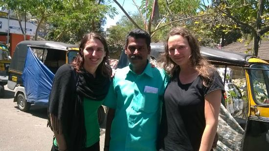 Suresh Green View Homestay: Me and my friend with Ramesh, the tour promoter