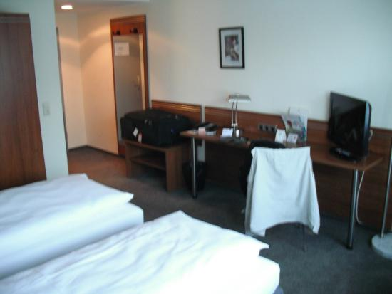 Astoria Hotel Bonn: Room 202