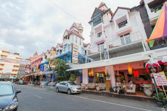 connect guesthouse, patong beach, phuket