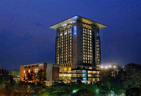 Radisson Blu Chittagong Bay View