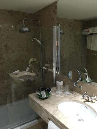 Banheiro do Quarto fora do castelo