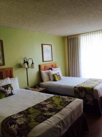 Waikiki Sand Villa Hotel: 1人で宿泊しました。1人には充分な広さ。掃除も行き届いています。フロントは日本語通じるので助かります。