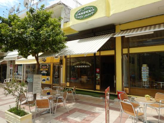St. John Cafe Shop : Blick von Aussen