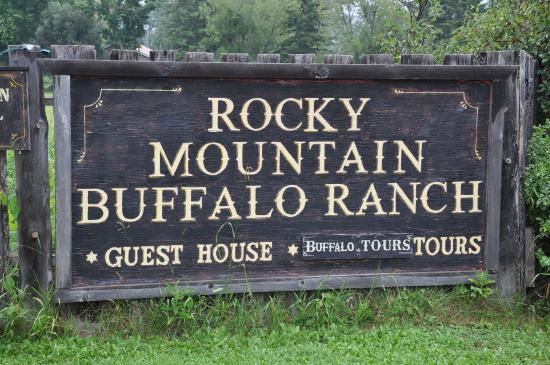 Rocky Mountain Buffalo Ranch & Guest Cottage Buffalo Tours: Rocky Mountain Buffalo Ranch
