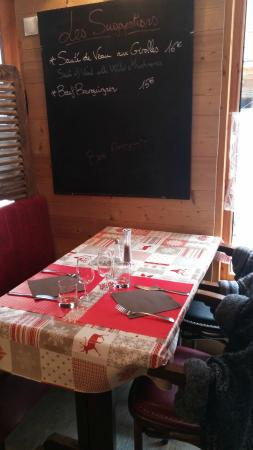La Rabolire : Homely French decor feeling