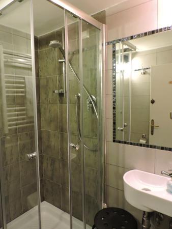 Hotel Ferretti - bagno comune -