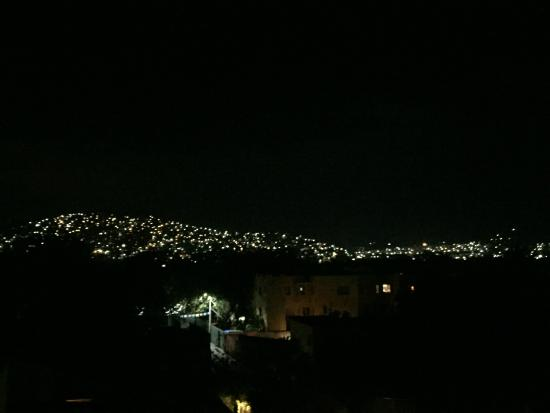 Canto del Mar Hotel & Villas: View from the RoofTop at Night