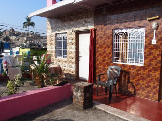 Pushpa Guest House & Vista Rooms : Chambres 1 et 2