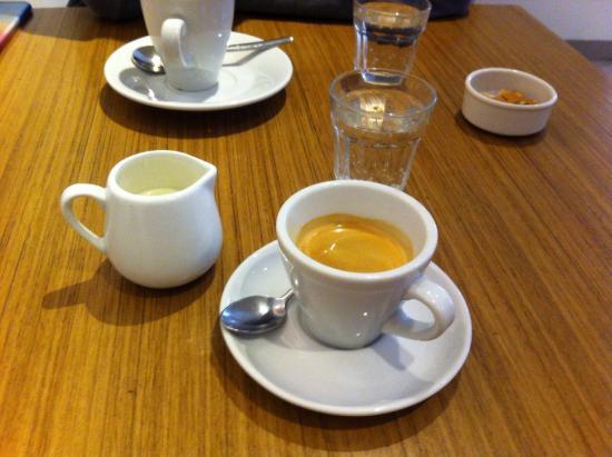 Delicious cafe : photo0.jpg