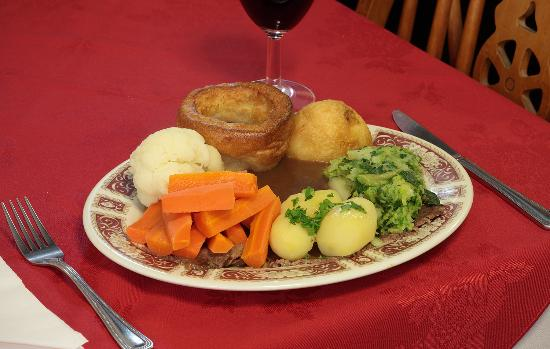Chris's Restaurant: Traditional Roast Dinners
