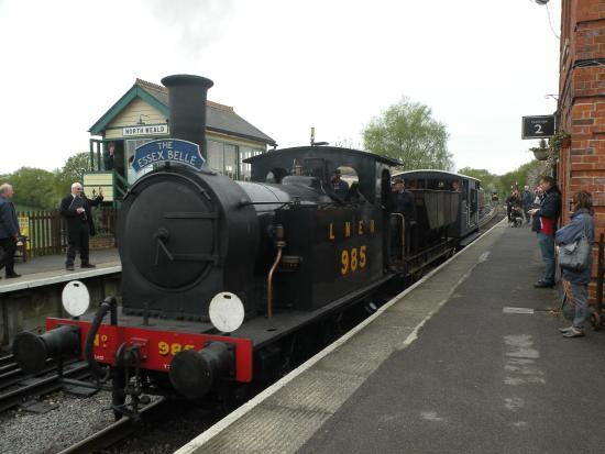Chipping Ongar, UK: Y7 hauls goods train