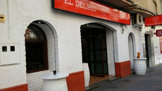 Fachada Local Picture Of El Delirio Restaurante