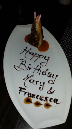 Vesuvio Ristorante: Birthday Cake Treat