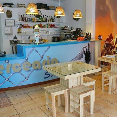 Mercearia São Pedro Wine & Tapas