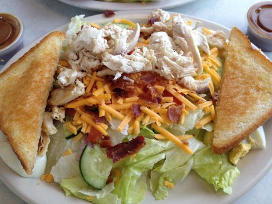 DJ's 50's and 60's Diner: Salad with grilled chicken. Chicken was great and nicely warmed. Good size salad.