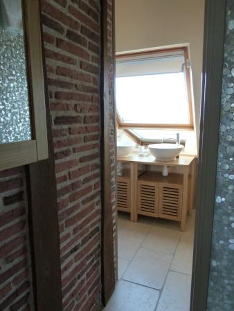 La maison de Cyrillaure: salle de bain