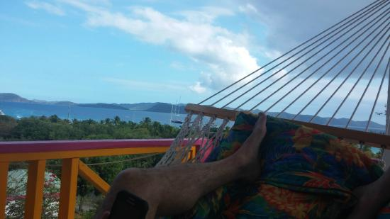 Perfect Pineapple Guest Houses: Hammock time on balcony