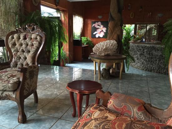 Hotel Oceania Rapa Nui: Recepción del hotel