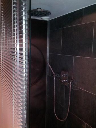 Manna: Shower