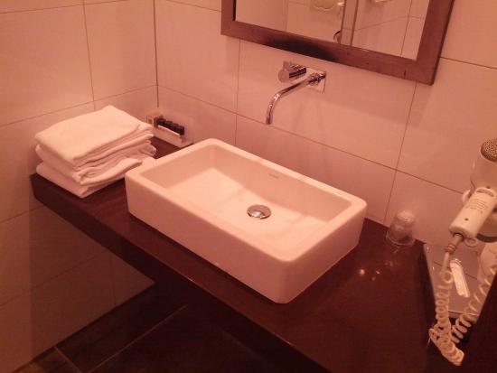 Best Western Hotel Nobis Asten: Sink