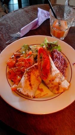 Paris Feni: Un des plats du midi