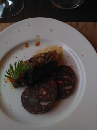 Le Relais des Corbieres: mise en bouche ratatouille foride et boudin noir