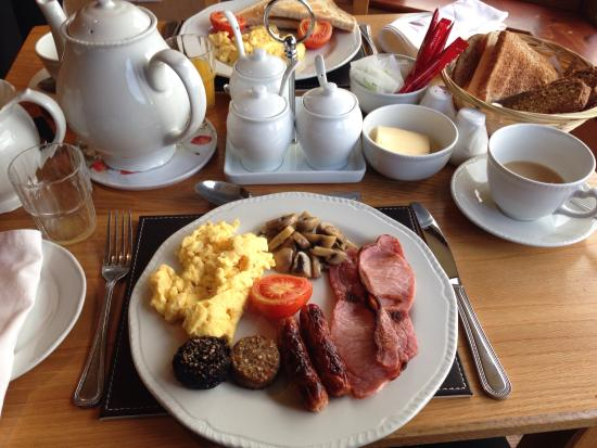 Sea View House Bed and Breakfast: Full Irish Breakfast @ Seaview House