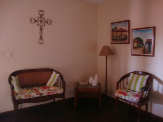 Hotel Los Balcones De Leon: Sala de descanso